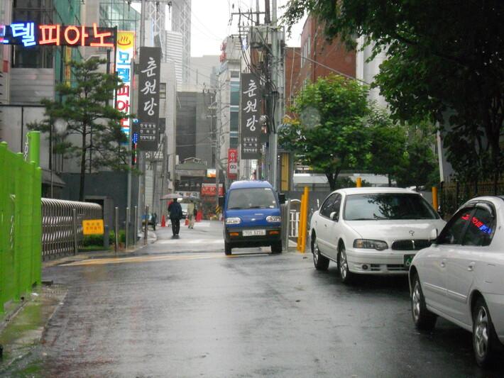 폭염이 서울시 쪽방촌 독거노인에게 미치는 건강영향 조사 [조사활동사진]